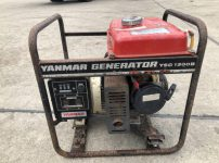 ヤンマー YANMAR YSC1300B 100V 発電機を買取ました!