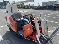 クボタ kubota コンバイン R216S 2条刈り 11.4馬力 465時間 を買取ました!