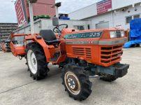 クボタ kubota L1-225D ZL1-225 トラクター 22馬力 295時間 を買取ました!