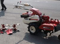 三菱 フロントカルチ MKF65 耕運機 歩行型 うねあげ ハンドル回転 6馬力 ガソリン 管理機 替刃付きを買取ました!